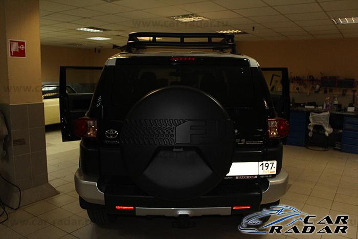 BlackVue DR550GW-2CH Toyota FJ Cruiser
