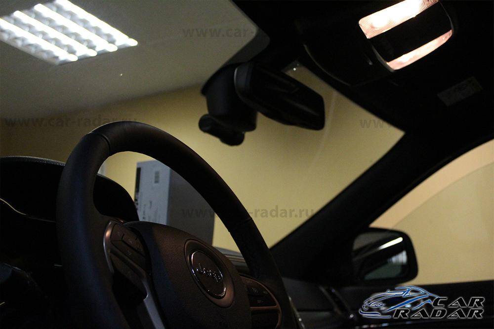 Blackvue DR650GW-2CH. Примеряем в автомобиле Jeep Grand Cherokee